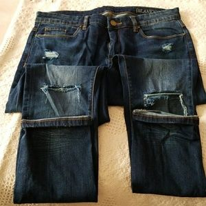 BLANK NYC Skinny Jeans w/Rips at the knee, 30