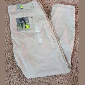 Rue 21 flex skinny jeans 18