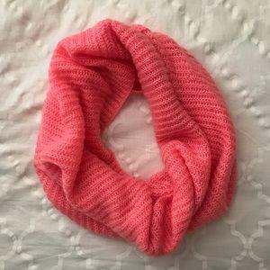 H&M - circle scarf