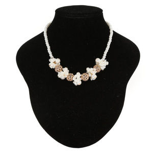 IVORY GOLD Simulated Pearls And Flowers Necklace