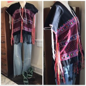 Boho Mexican festival wear cape / poncho vintage