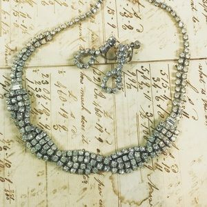 🆕 Vintage Rhinestone necklace earrings set