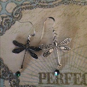 🦋 Beautiful Dragonfly Earrings