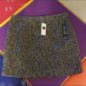 NWOT Gap Black & White Wool Blend Skirt Size 0