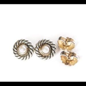 David Yurman pearl 14k gold stud earrings