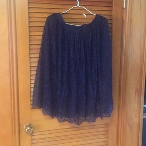 Cute skirt size 12 navy blue