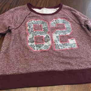 Good condition women's thin sweater top