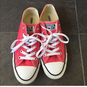 Converse pinkish reddish color