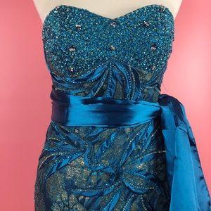 Vtg 90s Lace PinUp Embellished Wiggle Dress SM