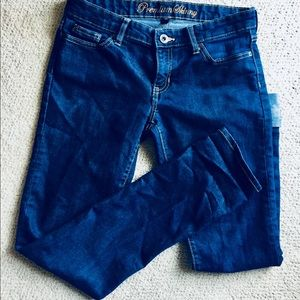 Gap Dark Wash Premium Skinny Jeans 31 inseam