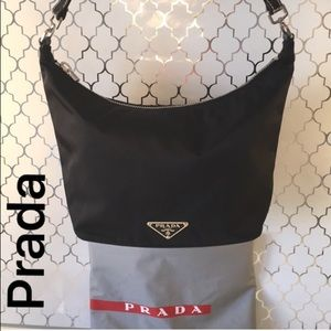 🎁PRADA SHOULDER BAG 💯AUTHENTIC