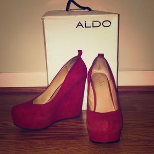 Red ALDO suede wedges size 9