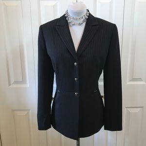Tahari Black Pinstripe Blazer Jacket sz 8P
