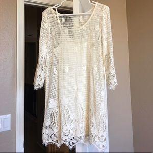 AMERICAN EAGLE Cream Lace Dress