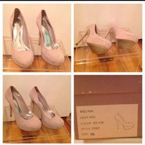 Aldo, cream suede round toe Platform heels