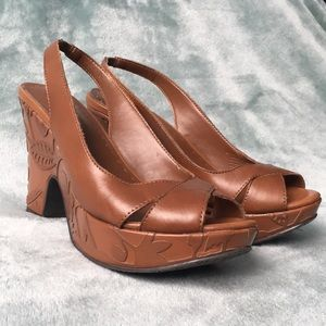 Gianni Bini Brown Heels with Floral Details