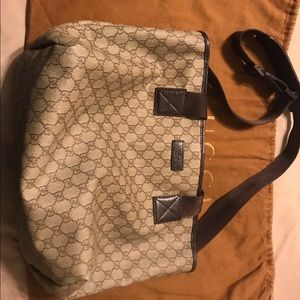 Authentic Gucci tote/messenger bag