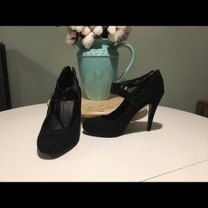 Aldo Patent Leather and Velvet Heels
