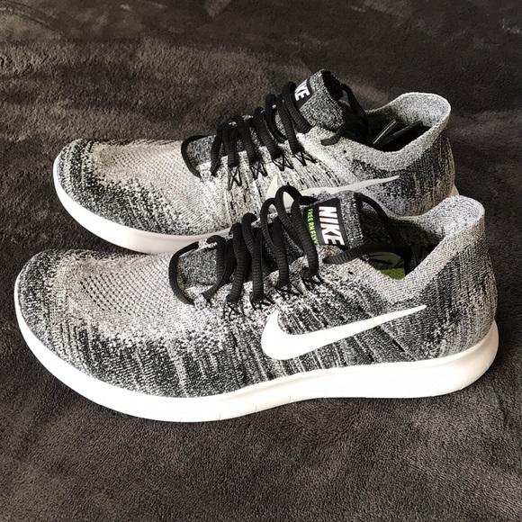 newest b3b97 0bd99 New Nike Free RN Flyknit 2017 10.5 Women s