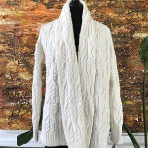 Ann Taylor Super Cozy Cable Knit Sweater Sz M