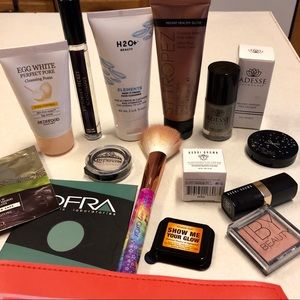 Deluxe Makeup Samples- Bobbi Brown and more!
