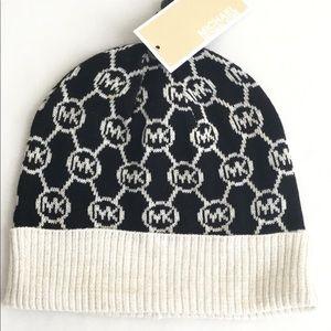 MICHAEL KORS  Logo Knit Beanie Hat