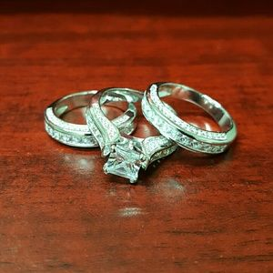 Stainless Steel Wedding Set CZ ❤NWOT❤