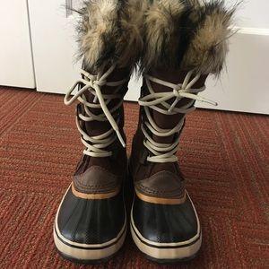 Sorel 'Joan of Arc' Boots
