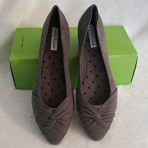 NEW. Kelly &Katie flat shoes.