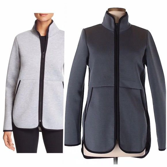 a7cae48bc The North face women's thermal 3D in charcoal zip