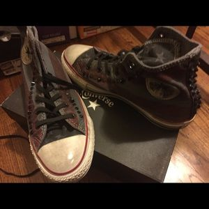 NIB converse studded hi cut sneakers USA flag