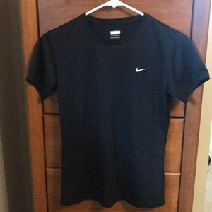 Nike Fit Dry short sleeved black shirt small