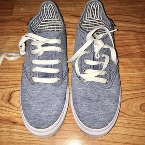 Grey VANZ Size 8.5 Woman's