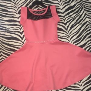 ❤️ Girl Size 5 Coral Formal Dress