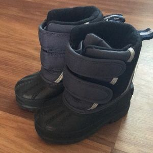 Toddler Snow Boots size 5