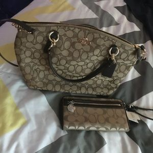 Coach purse and wallet set 😀😀