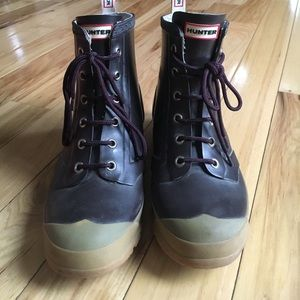 Women's hunter lace up boots