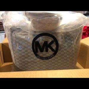 Brand new Michael Kors bag!