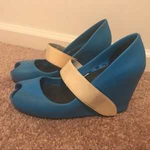 United Nude electric blue heels Sz 10