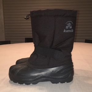 Kamik Big Boys Snow Boots, size 5,
