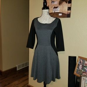 Maurices mid- length 3/4 sleeve blk/gray dress