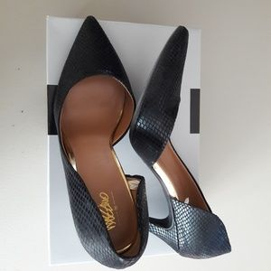 Women's Mossimo Snaked Embossed Pumps Sz 9.5