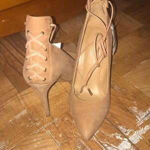 Nine West Ebba Lace-up Heels Beige