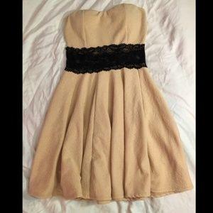 Wild Daisy Small Strapless Dress