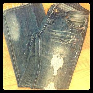 Juniors paint splatter tore jeans