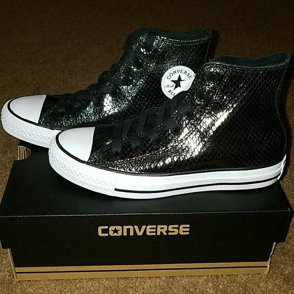 black shiny converse