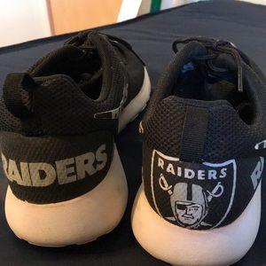 Custom Oakland Raiders Nike Roshes