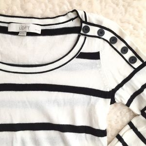 🆕 LOFT stripe button shoulder sweater
