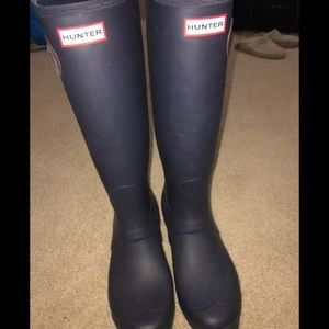 RARE Hunter Boots in EXCELLENT condition