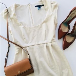 FRENCH CONNECTION💕 Adorable Cream Dress